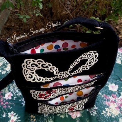 Lacy Hearts Gifts Handbag Project